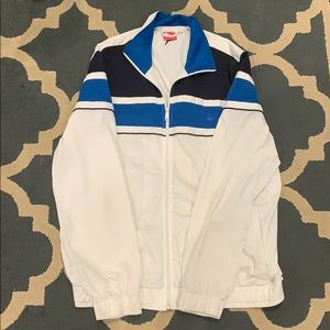 Puma Jackets & Coats - Puma Lightweight jacket
